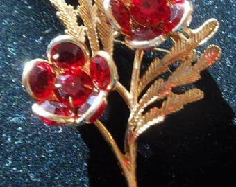 Red Glass Poppy Brooch