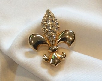 Sale! Authentic Swarovski Crystal Fleur-de-lis brooch pin. Vintage, retired.