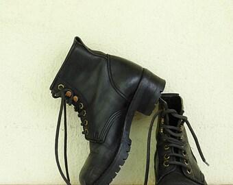 Womens combat boots size 7 lace up boots black leather lace up boots grunge boots goth black combat boots vintage 1990s size EU 37 US 7