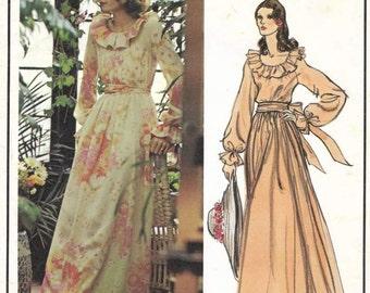 Vogue Paris Original Nina Ricci 70s Evening Dress 2887 Womens Vintage Sewing Pattern Miss Size 10 Uncut