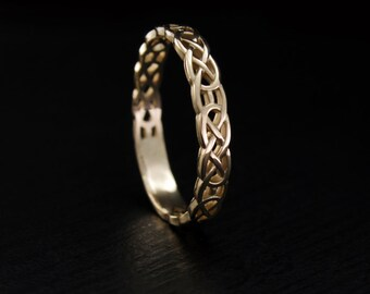 Celtic wedding band, Celtic pattern wedding ring, Celtic knot ring, Unique wedding ring, Small wedding band, Keltic band,14k solid gold band