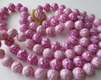 Vintage 1950's Plastic Bead Necklace Vintage Costume Jewelry Bead Necklace
