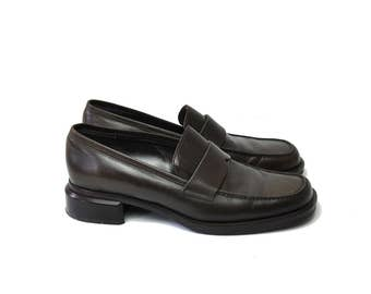 Size 7 / 90s Leather Penny Loafers / Made in Italy / Square Toe + Block Heel