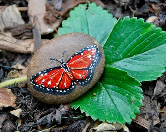 Painted Butterfly Stone / Butterfly Art / Rock Art / Hand Painted Stone / Garden Decor