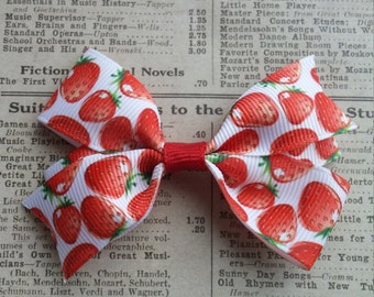 Strawberry Hair Bow, girls hair bows, toddler hair bows, hair accessories, party favors, valentine hair bow