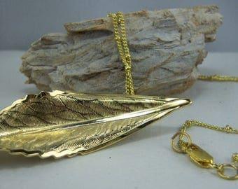 V164, Vintage Gold Leaf Pin Necklace