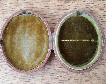 Victorian/Edwardian Locket/Portrait Miniature Hinged Box - 'Brown Kensington'