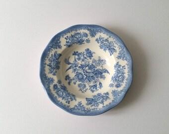 Beautiful porcelain plate Asiatic Pheasant