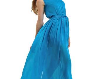Maxi-length light dress