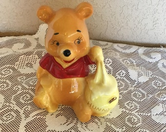 Vintage Walt Disney Productions Winnie The Pooh With Hunny Pot Ceramic Figurine