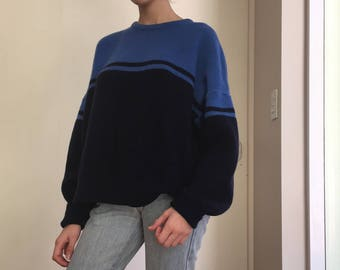 Vintage oversized baggy navy blue sweater, S/M/L/XL