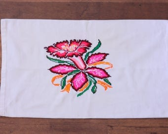 Vintage Pillowcase Embroidered // Daffodil Flower Embroidery Pink White