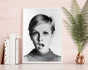 Twiggy Photo, Pop Art Print, Digital Print, Fashion Icon Photo, Twiggy Model Print, Beauty Print, Fashion Wall Art, Woman Print, Fashion 60'
