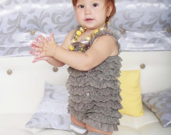 SALE! Baby Girls grayand yellow chevron leg warmers, ruffle leg warmers, photo prop, gray, cake smash, yellow baby headband, chunky necklace