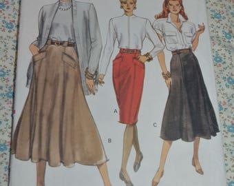 Vogue 7566 Misses / Misses Petite  Skirt Sewing Pattern - UNCUT - Size 12 14 16