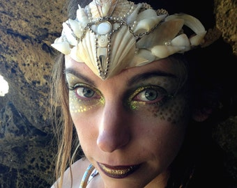 Mermaid Crown in White and Silver