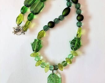 Beautiful Green and Black Leaf Necklace with Fish Beads, Springtime Beaded Retro Jewelry