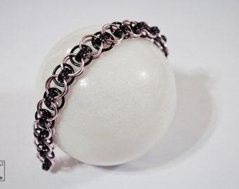 Bracelet Black & Pink Helm Style