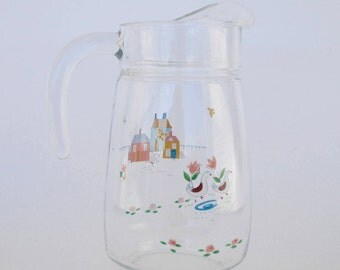 International Heartland 64 Oz Glass Pitcher, Farm Scene Pitcher, Farmhouse Decor