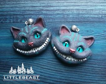 Cheshire Cat Pendant, animal Cat Jewelry, polymer clay Cheshire cat, animal, Alice in Wonderland, Cheshire cat jewelry, fantasy, animal cat.
