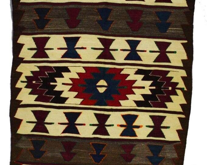 134 cm x 98 cm/ 4,4 x 3,2 ft / VINTAGE OUSHAK RUG Kilim Rug Oushak Rug Hand Woven Turkish Rug Vintage Oushak Mut Kilim Rug - Free Shipping