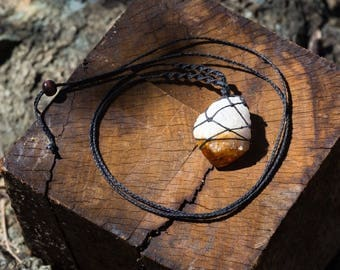 Crystal Macrame Necklace - Raw Citrine Point