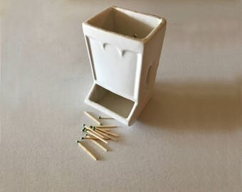 Farmhouse Porcelain Matchstick Holder