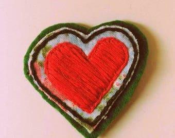 Brooch heart