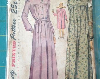 Vintage Simplicity 2210 pattern size 18