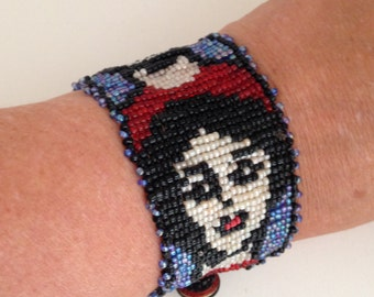 Vogue Face Bead woven bracelet with pretty faces, red and black seed beaded cuff 1.75 inch wide, gift for women, dramatic beaded bracelet