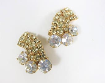 Vintage Rhinestone Earrings Clip on Green Clear Round Stones Gold Tone Retro