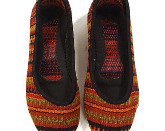 Kilim Ballet Flats Vintage 90s Slip on Carpet Loafers Woven Ethnic Boho Hippie Southwestern Tapestry Shoes Round Toe Stripe Pattern Womens 7