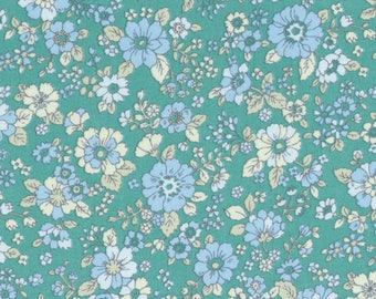 HALF YARD Lecien - Memoire a Paris 2017 - Floral on GREEN 40740-60 - Cotton Lawn - Flowers - Japanese Import