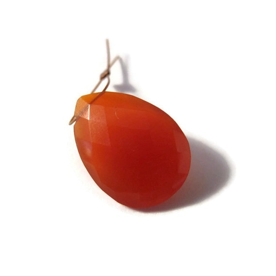 One Carnelian Bead, Orange Teardrop Briolettes, Pear Shaped Natural Gemstone, Top Drilled Bead, 21mm x 15mm (B-Ca2b)