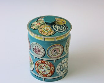 Vintage decorative English  tea tin  - storage canister - kitchen display