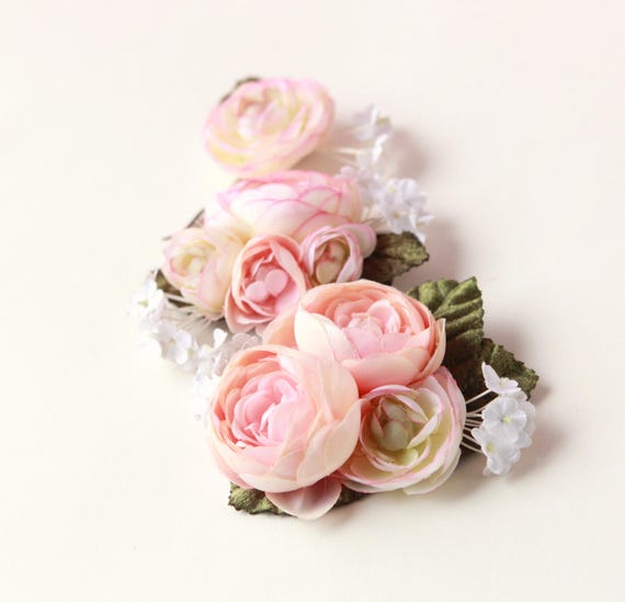 Pastel flower clip set, Ranunculus hair clips - PINK or IVORY - flower headpiece, bridal hair accessory, wedding flower clips