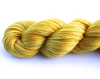 Sunbeam--hand dyed sock weight yarn, MCN (435yds/100gm)
