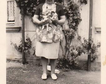 Original Vintage Photograph Snapshot Woman Wearing Apron Holding Kittens Cats 1965
