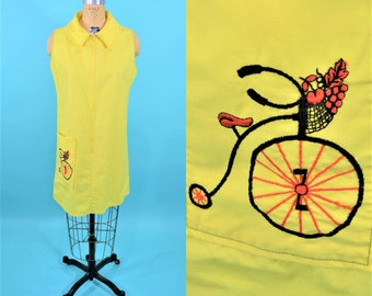 1960s zip up dress | vintage embroidered bike dress | yellow 60s day dress | W 40""