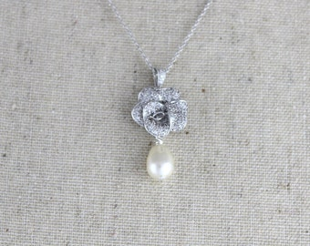 Pearl Bridal necklace, Pendant Wedding necklace, Bridal jewelry, Crystal necklace, Simple Wedding necklace, Bridesmaid necklace, Rose