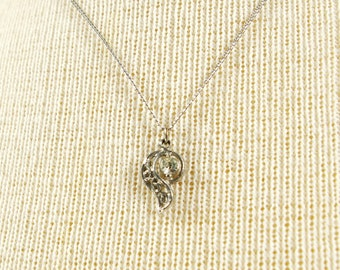 Vintage Layering Pendant Necklace, Small Solitaire Rhinestone Swirl Pendant with 18 Inch Chain, Silver Tone Paisley Pendant Necklace