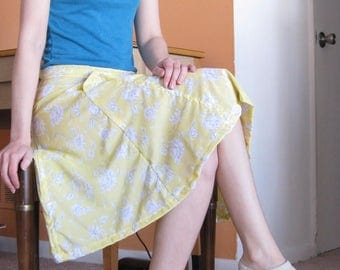 Floral Yellow Midi Skirt with Pockets - Small