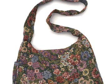 Vintage FLORAL TAPESTRY Purse / 90s BOHO Bag / Shoulder Bag