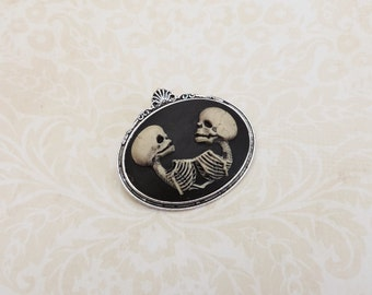 Conjoined twins cameo brooch silver- skull cameo brooch -Skeleton brooch- gothic steampunk jewelry - gothic victorian-freaks