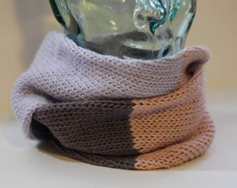 Knitted scarf/loop scarf/infinity scarf/mobius cowl - extra fine merino (lavender purple, beige pink, dark mauve)