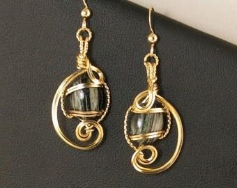 Black Zebra Jasper Gold Dangle Earrings, Unique Wire Sculpture Black Jasper Semi Precious Stone Earrings, Black Gold Earrings, Black Jewelry