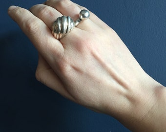 Vintage Sterling Silver Domed Shrimp Ring