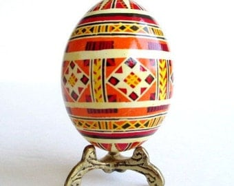 Pysanka Ukrainian Easter egg hand painted chicken egg shell in traditional pysanky patters made 100 handmade in Canada by Toronto artist