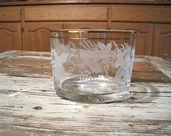 Bartlett Collins Ice Bucket with Frosted Grape Pattern