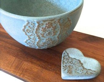 Bronze Blue Ceramic Lace Bowl with Heart Lace Cutlery Rest Set, Matcha Tea Bowl-Hideminy Lace Series